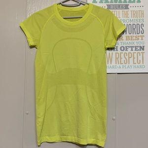 Lululemon tee Shirt size 2-4